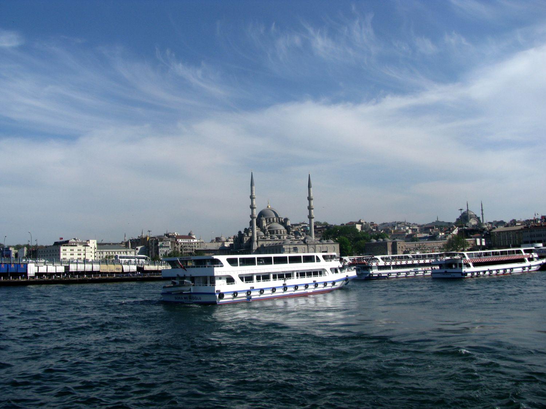 Port Eminönü rejs statkiem po bosforze