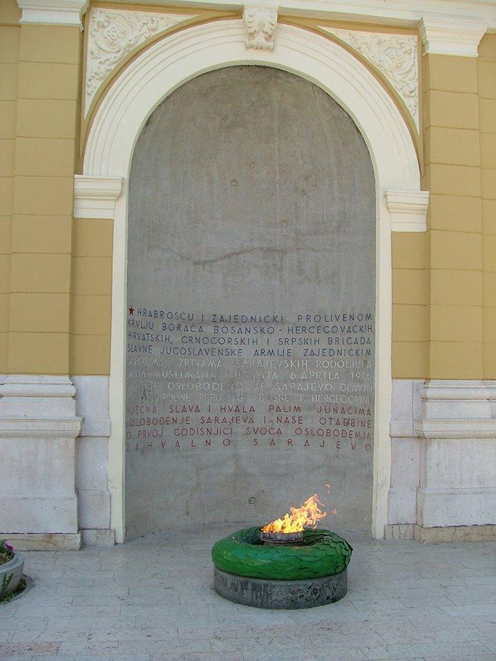 Wieczny Ogień - hołd dla ofiar II wojny światowej/ fot. Sylwia Madej