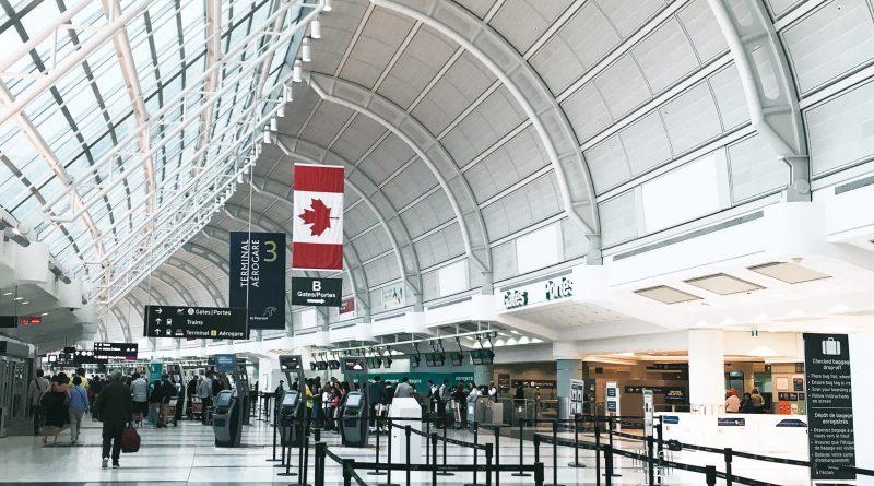 COVID-19 - nowe procedury na lotniskach