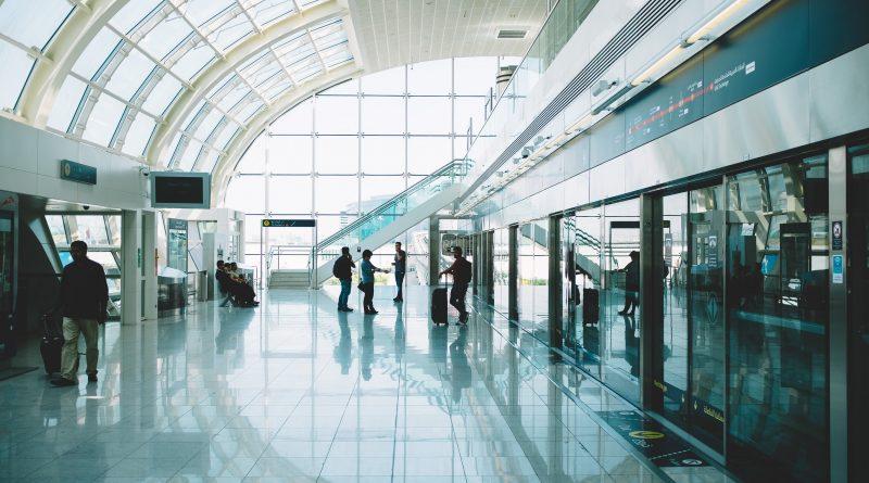czy szybkie testy na lotnisku zastąpią kwarantannę?