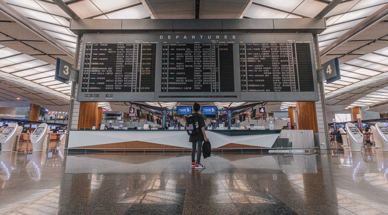 Nowy projekt rozporządzenia w sprawie zakazu lotów. Zniknie 14 państw.