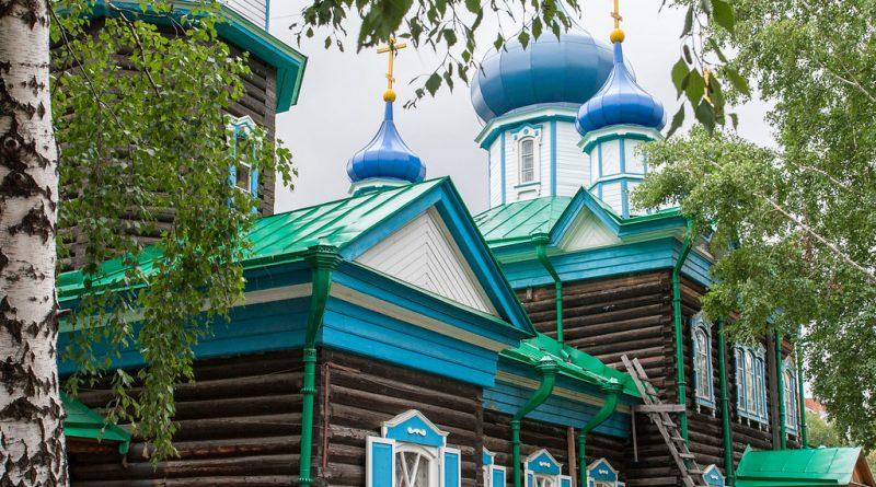 Tradycyjne drewniane domy w Rosji i ich niepewna przyszłość