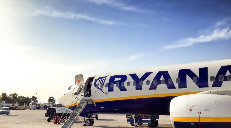 53 trasy znikają na miesiąc z siatki Ryanair