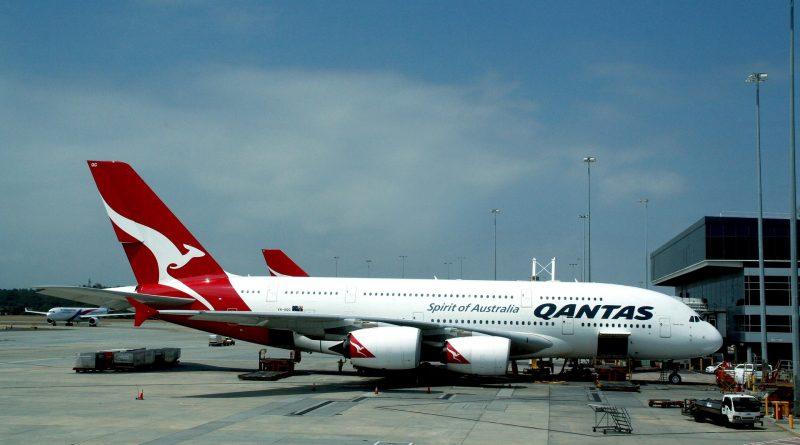 Linie Qantas: Nie zaszczepisz się - nie polecisz!
