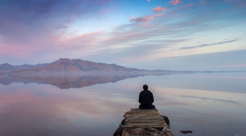 Największe słone jezioro na Bliskim Wschodzie...wysycha