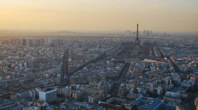 Francja wprowadza testy na COVID-19 na wszystkich lotniskach