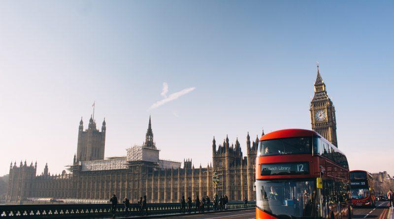 Polska zawiesza loty do Wielkiej Brytanii