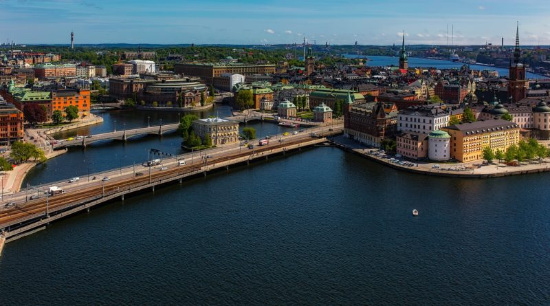 Rząd Szwecji wprowadza testy dla podróżnych z zagranicy