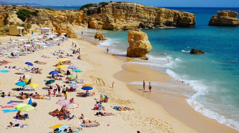 Zagraniczne wakacje będą musiały na razie poczekać?!