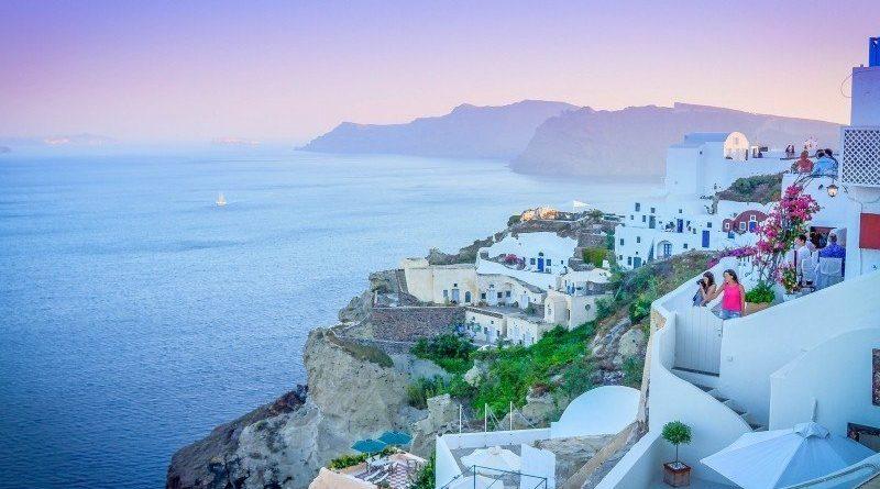Grecja w tym sezonie wpuści wszystkich turystów!